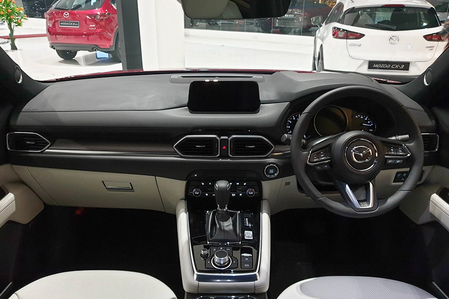 Mazda CX-8 2.0 Luxury - Hình 13